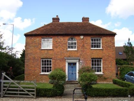 Grade 2 farmhouse – Beaconsfield, Bucks